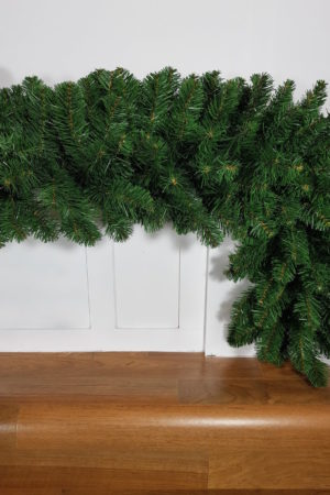 9ft Commercial Garland Green 2.74m