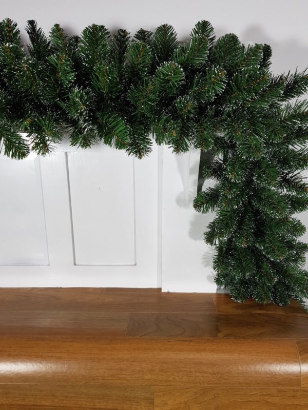 9ft Alberta Spruce Garland Green with Iced tips 2.74m