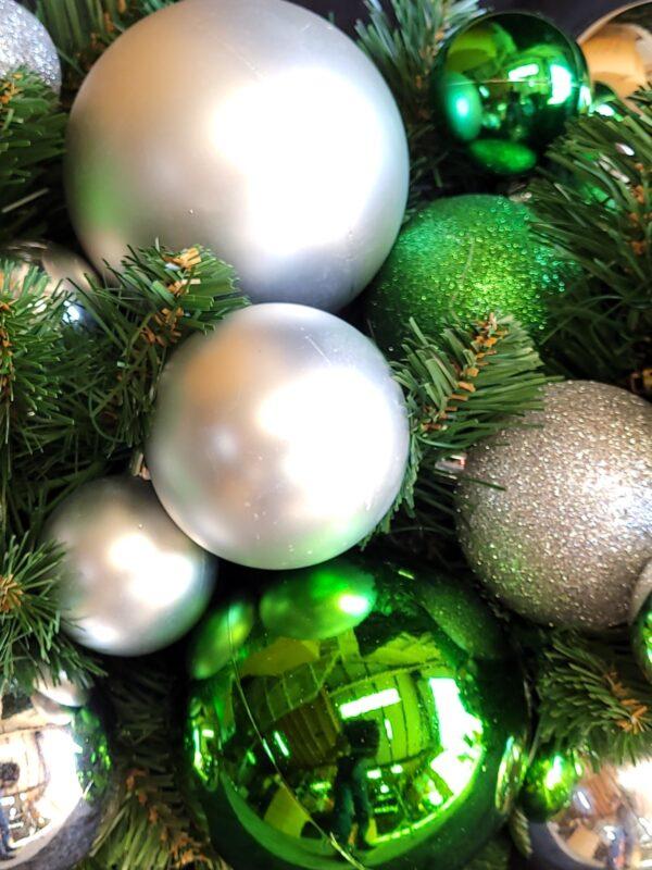 Green Soda Christmas Ball Decoration Kit